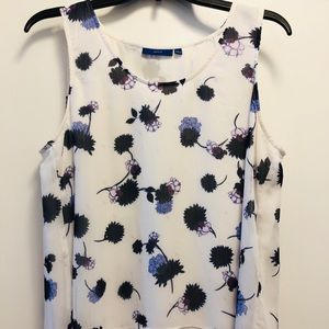 Apt. 9 sleeveless blouse with floral print
